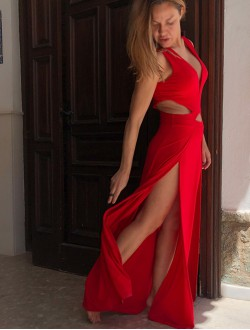 RED SEXY OPEN